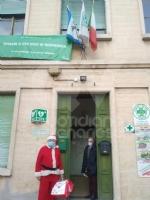 VENARIA - Un panettone a sindaco, forze dellordine e associazioni di volontariato: il «grazie» della Pro Loco - immagine 2