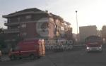 VENARIA - Incendio in un appartamento di via Dante: a fuoco il sacco dellimmondizia - FOTO - immagine 2