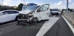 RIVOLI - Due mezzi si scontrano in tangenziale: un ferito e caos per quasi unora - immagine 2