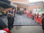 RIVOLI - Laddio a Massimiliano Pirrazzo: una folla commossa in chiesa per lultimo saluto - FOTO - immagine 15