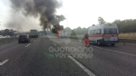 COLLEGNO - Furgone va a fuoco in tangenziale, e il traffico va in tilt - immagine 2
