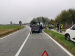 BORGARO - Scontro fra due auto in via Santa Cristina: una si ribalta, due feriti - immagine 2