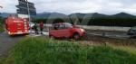 INCIDENTE SULLA SP2 - Auto esce di strada e si infila nel guardrail - FOTO - immagine 2