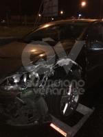 INCIDENTE IN TANGENZIALE - Maxi scontro tra cinque auto: sei persone ferite - FOTO - immagine 6