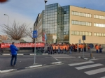 VENARIA - I lavoratori della Schneider in sciopero: 18 dipendenti in esubero - immagine 2