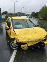 CASELLE - Scontro lungo la provinciale: due auto coinvolte, tre persone ferite - immagine 2