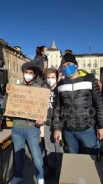 VENARIA - Anche gli studenti dello Juvarra alla lezione di filosofia allaperto di Matteo Saudino FOTO - immagine 2