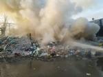SAVONERA - A fuoco rifiuti plastici allinterno della ex Publirec: ennesimo episodio - immagine 2