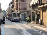 VENARIA - Autobus Gtt perde gasolio in mezzo alla strada: traffico bloccato e passeggeri a piedi - FOTO - immagine 2