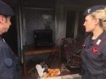 CAMPO NOMADI - Maxi blitz dei carabinieri contro roghi tossici e furti: 14 arresti - FOTO E VIDEO - immagine 2