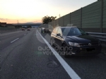 COLLEGNO-PIANEZZA - Incidente in tangenziale: donna ferita dopo lo scontro fra due auto - immagine 2