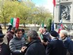COLLEGNO - Al parco della Rimembranza le targhe ricordano la due Guerre Mondiali - immagine 2