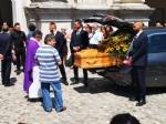 VENARIA - Una città in lacrime per lultimo saluto a Maggie Maria Salamone - FOTO - immagine 2