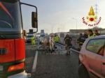 RIVOLI - Incidente in tangenziale, auto ribaltata: coinvolta attaccante della Juventus femminile - immagine 2