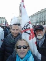 MANIFESTAZIONE NO TAV - In 70mila per esprimere la contrarietà alla Torino-Lione - immagine 2
