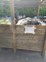 RIVOLI - La gru è in mezzo a via Frejus: forti disagi per la raccolta dei rifiuti - immagine 2