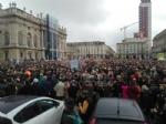 TORINO - In piazza per sostenere la Tav da tutti i Comuni della zona - FOTO - immagine 8