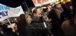 VENARIA - Tante «sardine» venariesi alla manifestazione di questa sera in piazza Castello - immagine 3