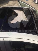 TORINO-BORGARO - Sassi contro una Fiat 500 in transito lungo la tangenziale: conducente ferito - immagine 3