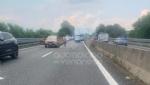 RACCORDO TORINO-CASELLE - Furgone e scooter entrano in collisione: grave donna, ora al Cto - immagine 3