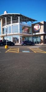 CASELLE - Ladri in azione al Burger King: tanti danni ma niente bottino - immagine 3