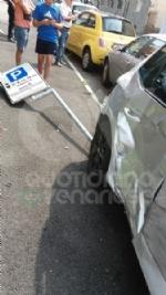 VENARIA - Incidente allincrocio tra via Silva e via Verdi: quattro auto coinvolte e due feriti - immagine 3