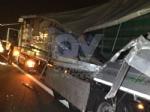 RIVOLI - Scontro tra due tir in tangenziale: un autotrasportatore finisce in ospedale - immagine 3