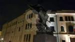 VENARIA - «No alla censura»: CasaPound imbavaglia il monumento dei Caduti delle due guerre - immagine 3