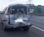 RIVOLI - Due mezzi si scontrano in tangenziale: un ferito e caos per quasi unora - immagine 3