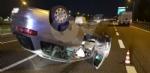 SAVONERA-COLLEGNO - Auto si ribalta: donna rimane bloccata a causa dellairbag - immagine 3