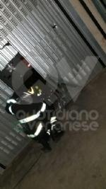 GRUGLIASCO - 500 kg di sigarette di contrabbando nascoste nei garage: 40enne denunciato - immagine 3