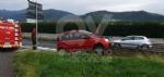 INCIDENTE SULLA SP2 - Auto esce di strada e si infila nel guardrail - FOTO - immagine 3