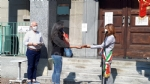 VENARIA - Festeggiato il 2 giugno in città: una copia della Costituzione ai neo maggiorenni  - FOTO - immagine 3