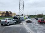 VENARIA - Frontale allo svincolo della tangenziale: due auto coinvolte, due feriti - immagine 3