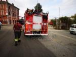 BORGARO - Incendio nel vecchio magazzino di Scarpe e Scarpe - FOTO - immagine 3