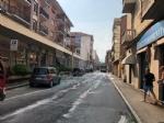 VENARIA - Autobus Gtt perde gasolio in mezzo alla strada: traffico bloccato e passeggeri a piedi - FOTO - immagine 3
