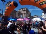 IL GIRO DITALIA A VENARIA - La partenza della tappa decisiva - FOTO e VIDEO - immagine 21