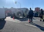CASELLE - Spaventoso incidente allincrocio tra strada Aeroporto e via Savonarola - FOTO - immagine 3