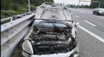 TORINO-BORGARO - Perde il controllo della sua auto e finisce contro un tir: era ubriaco - immagine 3