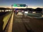 COLLEGNO - Tamponamento in tangenziale: tre auto coinvolte e quattro feriti - FOTO - immagine 3