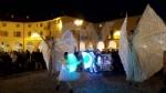 VENARIA - Il grande cervo in piazza Annunziata è stato illuminato: il Natale è iniziato in città - immagine 3