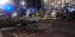 BORGARO - CROLLA IL PONTEGGIO DI UN PALAZZO: ATTIMI DI TERRORE IN VIA INGHILTERRA - FOTO - immagine 3