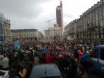 TORINO - In piazza per sostenere la Tav da tutti i Comuni della zona - FOTO - immagine 9