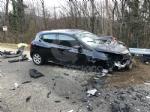 TRAGEDIA A CAFASSE - Scontro fra tre auto, una finisce nella scarpata: morta donna di 60 anni - immagine 4