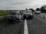 SAVONERA-COLLEGNO - Incidente in tangenziale tra due auto: una donna ferita, portata in ospedale - immagine 4