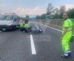 RACCORDO TORINO-CASELLE - Furgone e scooter entrano in collisione: grave donna, ora al Cto - immagine 4