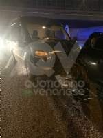 VENARIA - Tamponamento in tangenziale tra unauto e tre furgoni: una donna ferita - FOTO - immagine 4