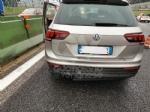 COLLEGNO - Tamponamento in tangenziale: tre auto coinvolte e forti disagi al traffico - immagine 4
