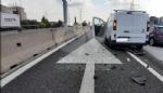 RIVOLI - Due mezzi si scontrano in tangenziale: un ferito e caos per quasi unora - immagine 4
