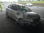 CAOS IN TANGENZIALE - Raffica di incidenti: due auto ribaltate e tre feriti - immagine 4